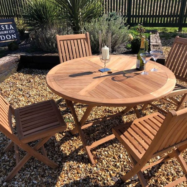 teak garden furniture folding table with 4 folding chairs